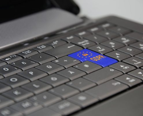 Protección de datos en internert